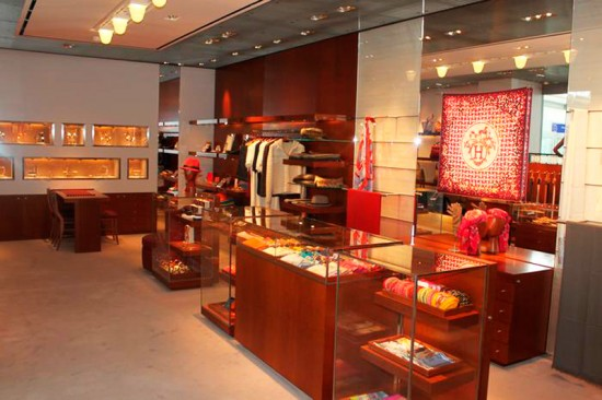 hermes to protect exclusive image with fewer new stores