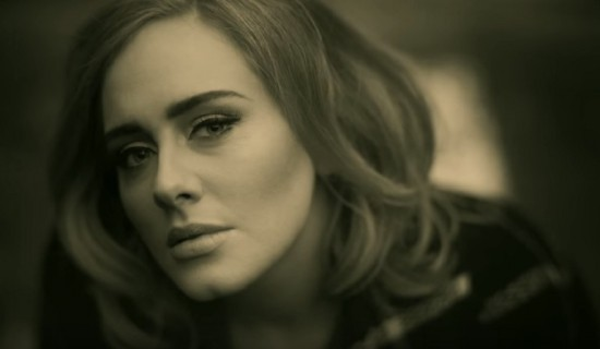 Adele-hello-cellulare-video