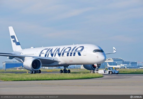 Finnair A350 XWB Roll out close-up