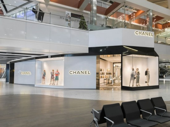 CHANEL-new-boutique-Heathrow-Terminal-5