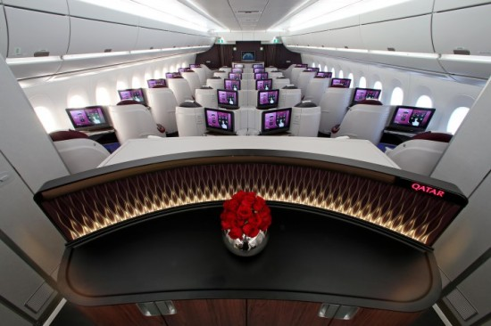 pic-39-qatar-airways-airbus-a350-900-c2ad-business-class (1)