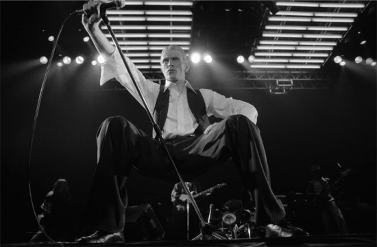 ©Michael Putland, David Bowie performing live at Wembley arena 1976