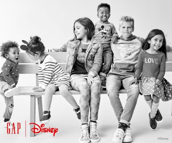 gap-disney-clothing-line-holiday-2016