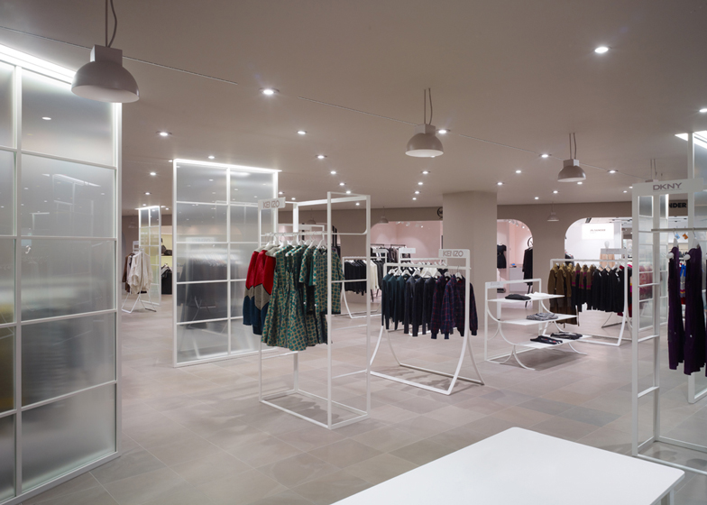 Genny sbarca a la rinascente con il suo pop up store luuk magazine for Fashion retail interior design